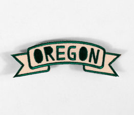 Oregon Banner (Green & Beige)